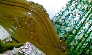 বড় সুন্দরী মহিলা, বাংলা দেশের মেয়েদের চুদাচুদি উদ্ভট কল্পনা